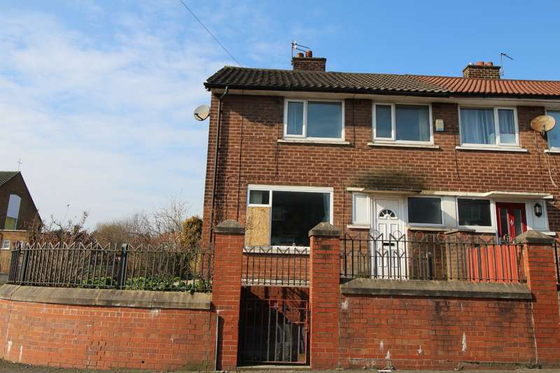3 Bedrooms End Of Terrace House for sale in Kenyon Way, Little Hulton, Manchester, M38