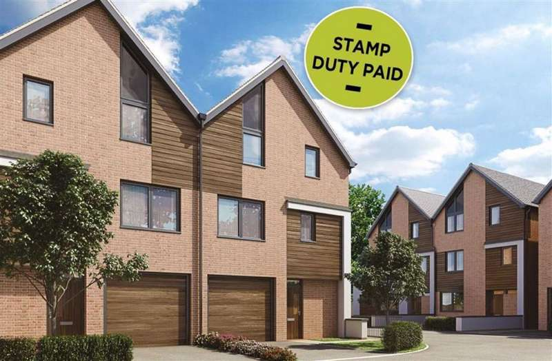 4 Bedrooms Semi Detached House for sale in Derwent Avenue, Chorlton, Manchester, M21