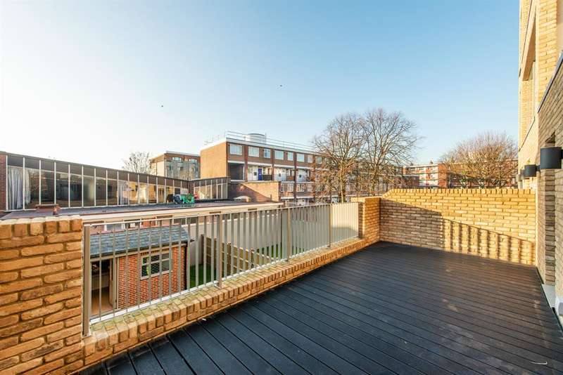 2 Bedrooms Apartment Flat for sale in Stepney Way, London, E1