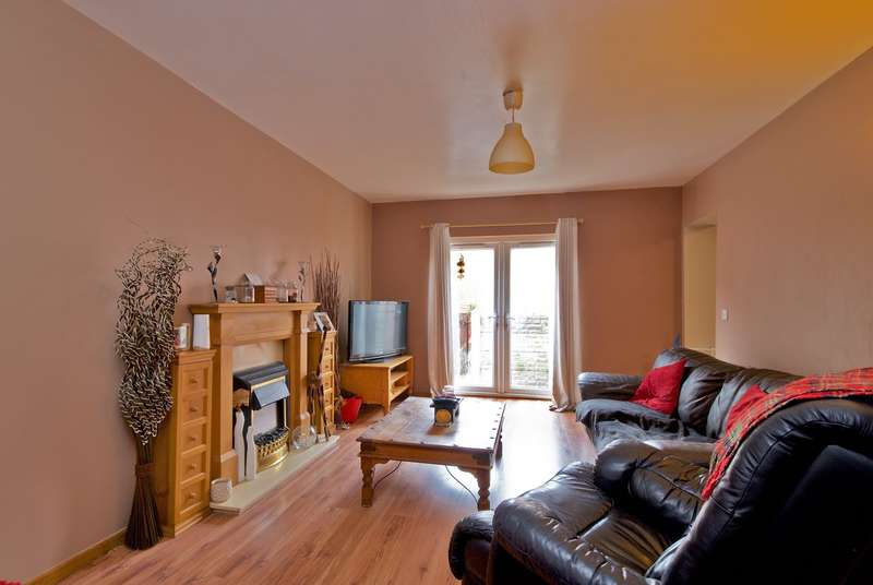 5 Bedrooms Semi Detached House for sale in Grove Lane, Standish, Wigan, WN6