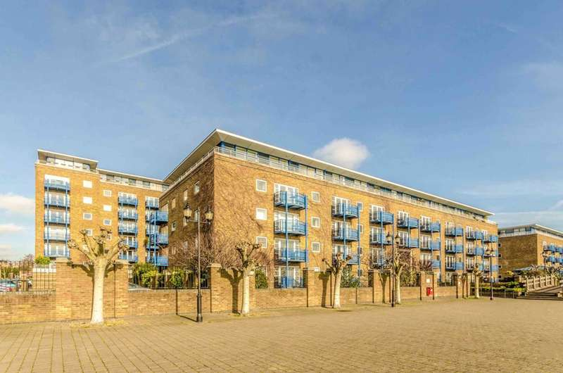 2 Bedrooms Flat for sale in Campania Building, Limehouse, E1W