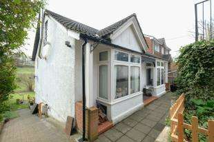 3 Bedrooms Detached House for sale in The Grove, Biggin Hill, Westerham, Kent