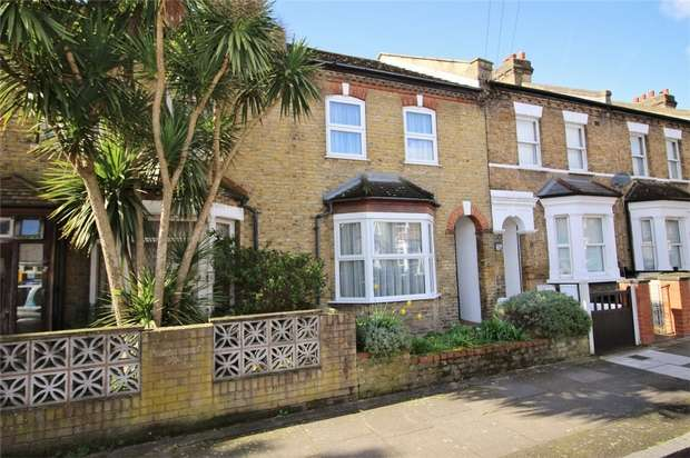 2 Bedrooms Terraced House for sale in Raleigh Road, Penge, London