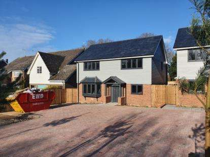 4 Bedrooms Detached House for sale in 42-58 Parsons Heath, Colchester