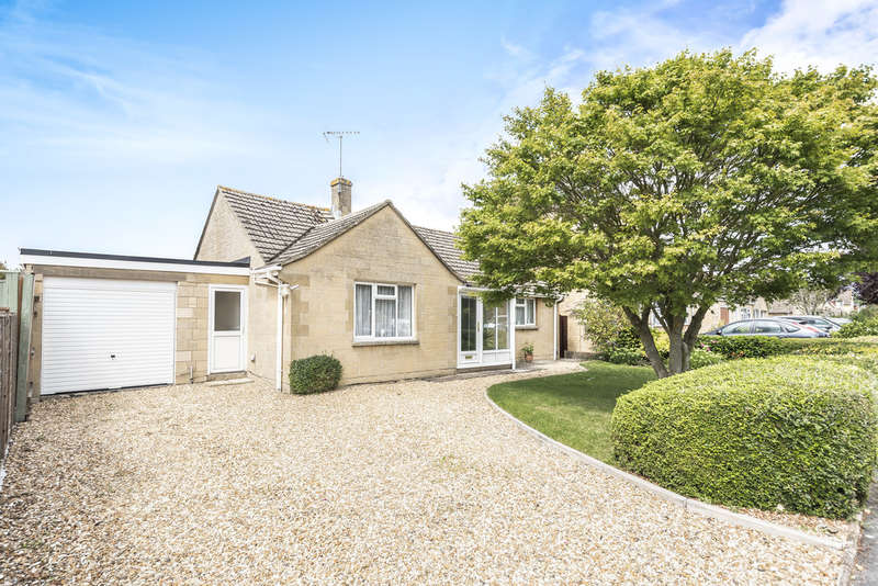 3 Bedrooms Detached Bungalow for sale in Lechlade