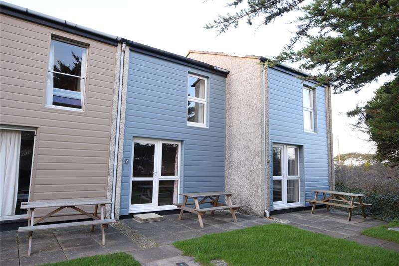 2 Bedrooms Terraced House for sale in Perran View, Perran View Holiday Park, Trevellas, St. Agnes, TR5