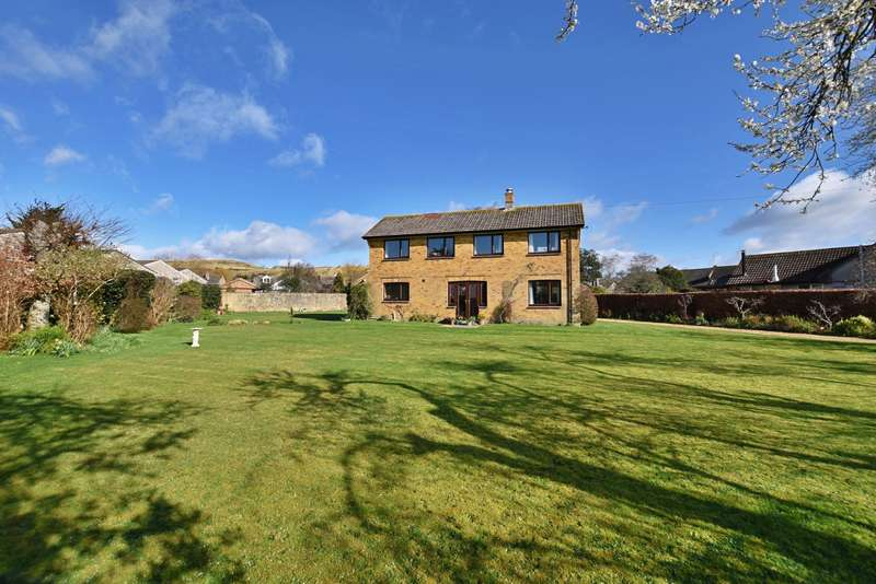 4 Bedrooms Detached House for sale in Preston
