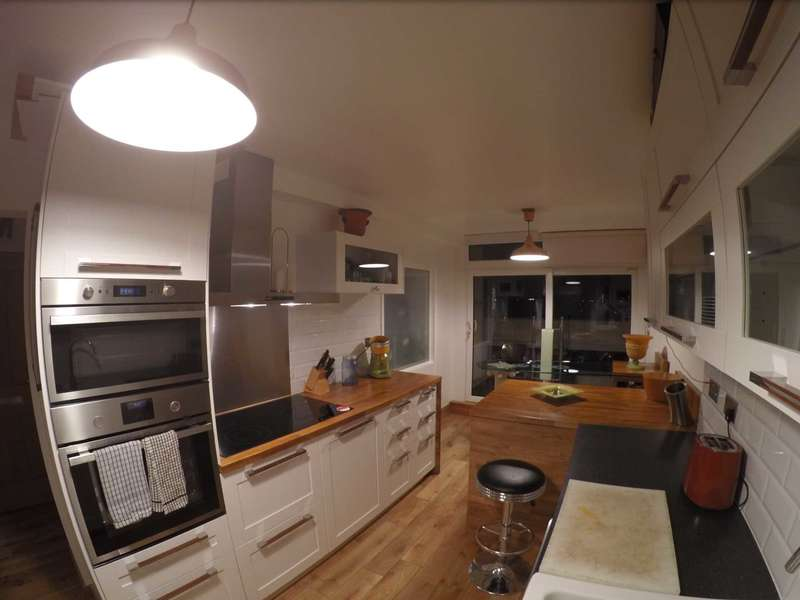 2 Bedrooms Apartment Flat for sale in Binfield Road, Stockwell