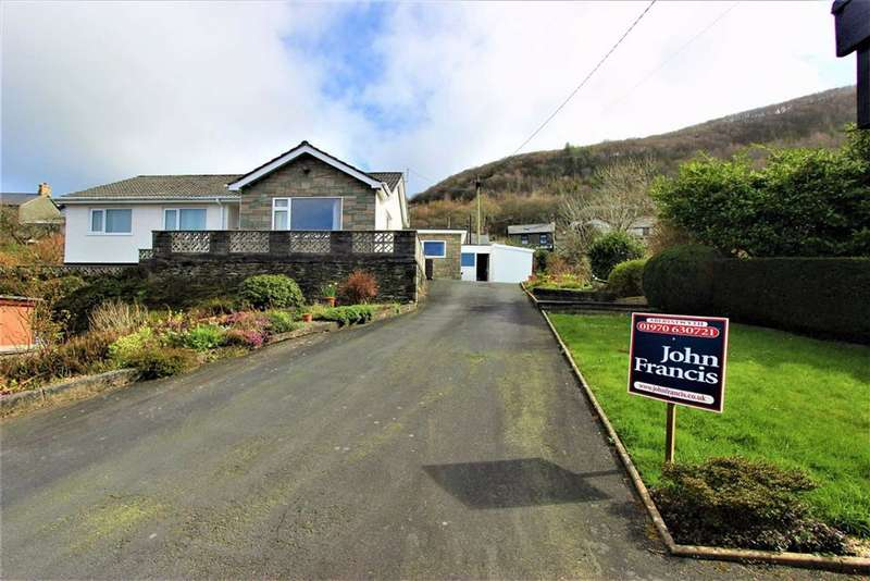 4 Bedrooms Detached Bungalow for sale in Taliesin, Machynlleth