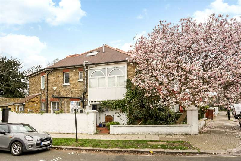 4 Bedrooms House for sale in Airedale Avenue South, London, W4