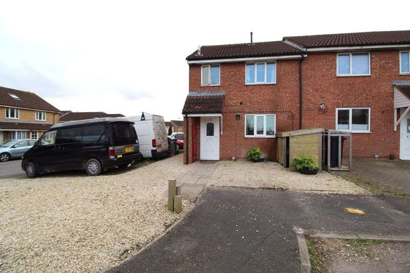 3 Bedrooms Property for sale in Oaktree Crescent, Bradley Stoke