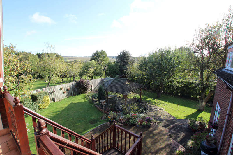 6 Bedrooms Detached House for sale in Picknage Road, Barley, Royston