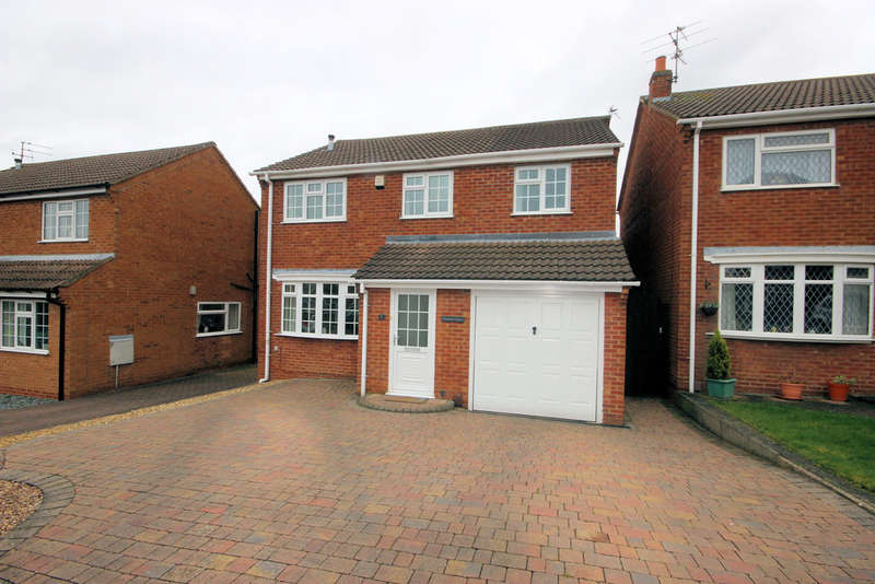 4 Bedrooms Detached House for sale in Newark Close, Shepshed