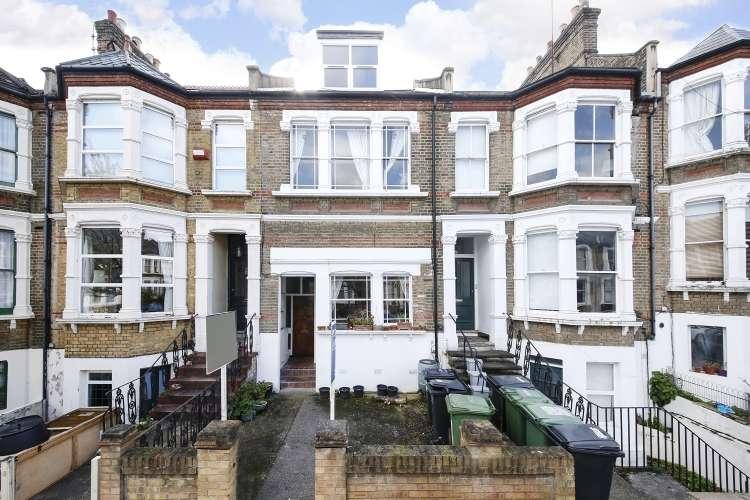 2 Bedrooms Flat for sale in Ommaney Road London SE14