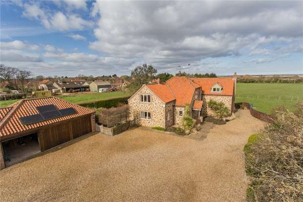 4 Bedrooms Detached House for sale in Holme-next-the-Sea