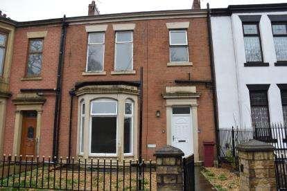 4 Bedrooms Terraced House for sale in Preston New Road, Blackburn, Lancashire