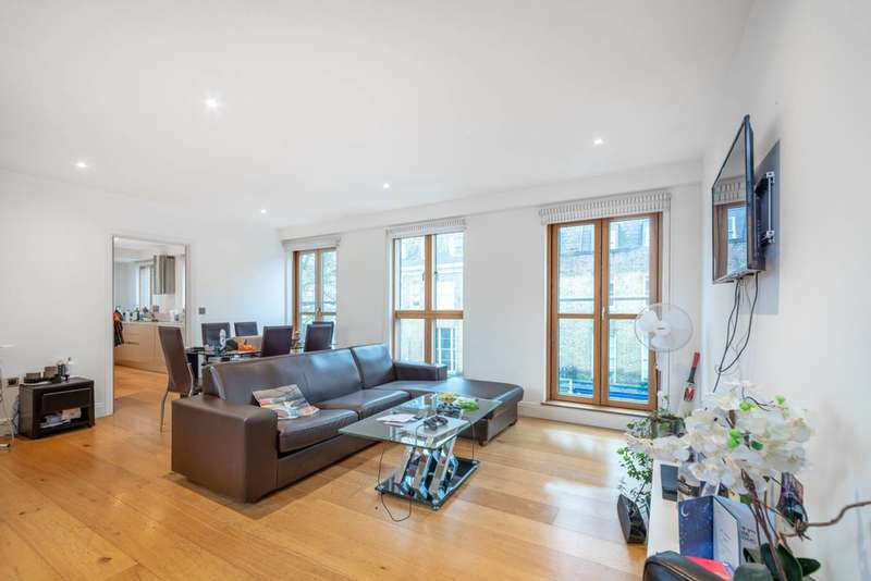 3 Bedrooms Flat for sale in Murray Street, Camden Town, NW1