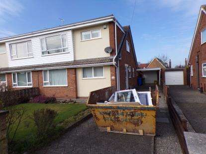 3 Bedrooms Bungalow for sale in Willow Close, Thornton-Cleveleys, Lancashire, ., FY5
