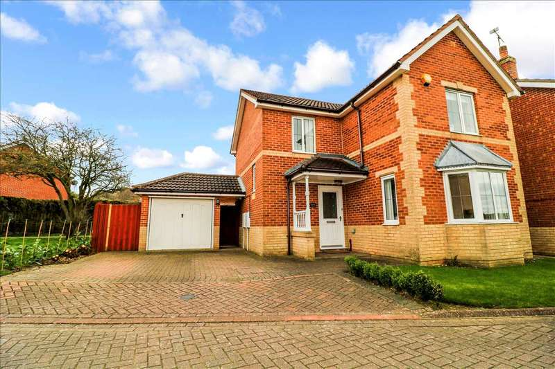 3 Bedrooms Detached House for sale in Darwin Close, Waddington, Waddington, Lincoln