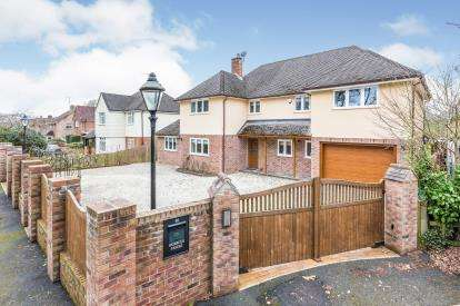 5 Bedrooms Detached House for sale in Ashurst, Hampshire