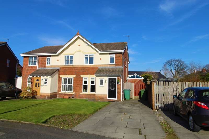 3 Bedrooms Semi Detached House for sale in Hunter Drive, Manchester, Greater Manchester, M26