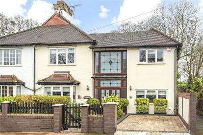 4 Bedrooms House for sale in Copse Avenue, West Wickham