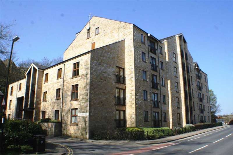 2 Bedrooms Penthouse Flat for sale in Lune Square, Lancaster, LA1