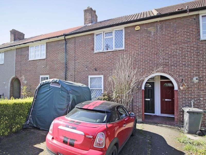 3 Bedrooms Property for sale in Moorside Road, Bromley