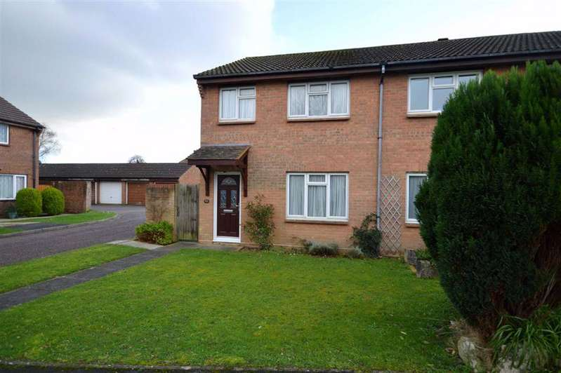 3 Bedrooms Semi Detached House for sale in New Milton