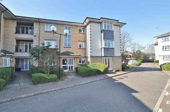 2 Bedrooms Apartment Flat for sale in Morello Gardens, Hitchin