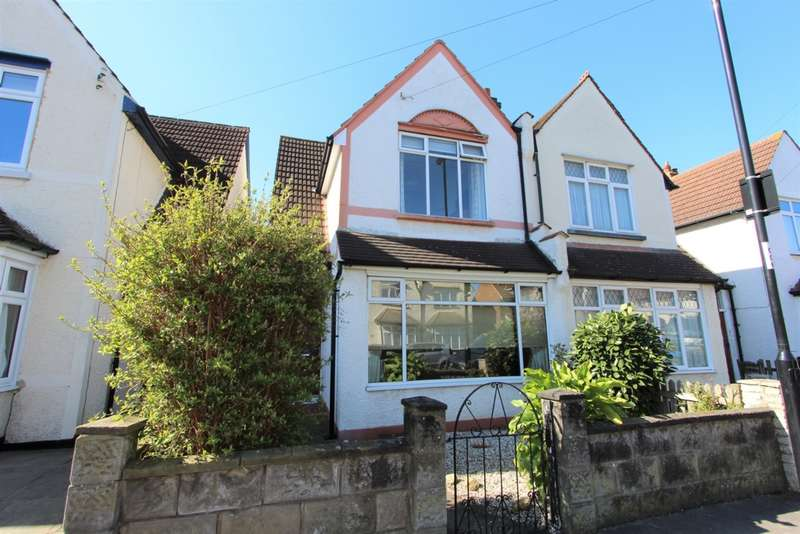3 Bedrooms Semi Detached House for sale in Woodside Court Road, Addiscombe, CR0