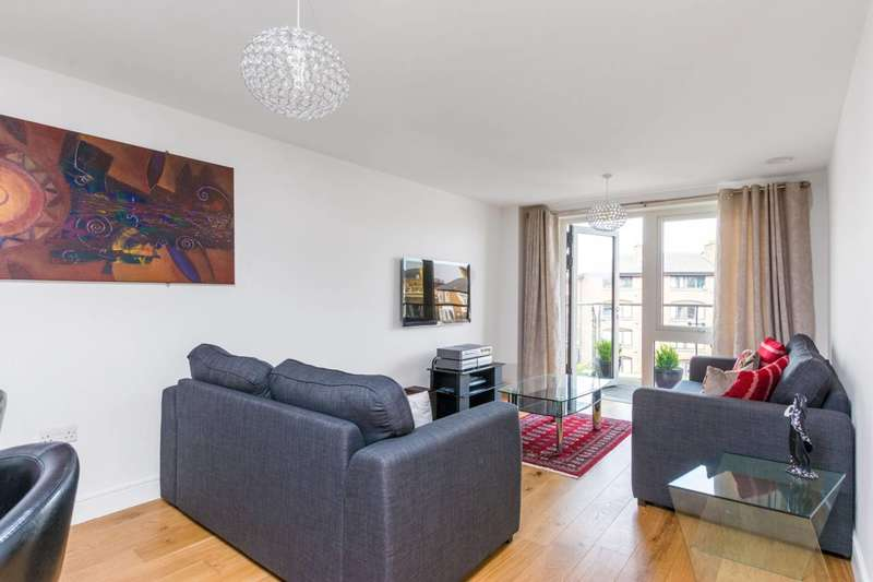 2 Bedrooms Flat for rent in Kew Bridge Road, Kew Bridge, TW8