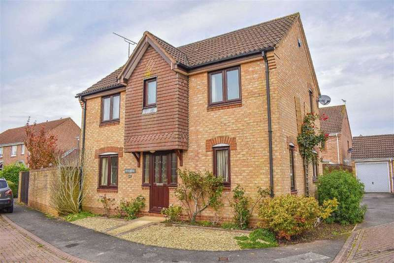 3 Bedrooms Detached House for sale in Lantern Close, Berkeley, GL13