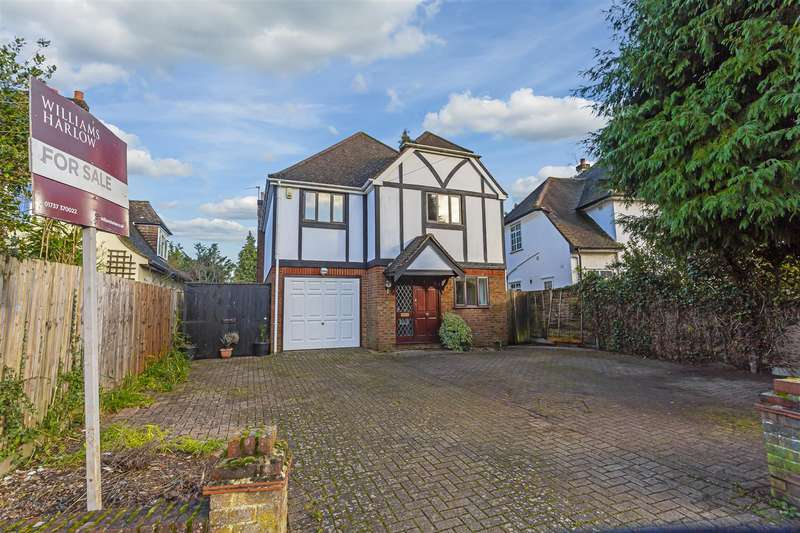 4 Bedrooms Detached House for sale in Colcokes Road, Banstead