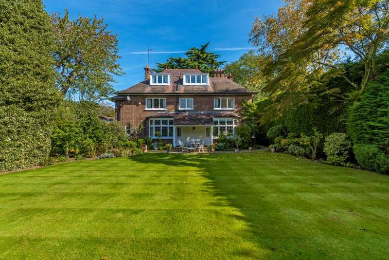6 Bedrooms Detached House for sale in Cedarwood, Church Road, Ham