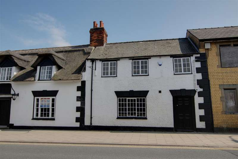 2 Bedrooms Semi Detached House for sale in The White Horse, West Street, Alford