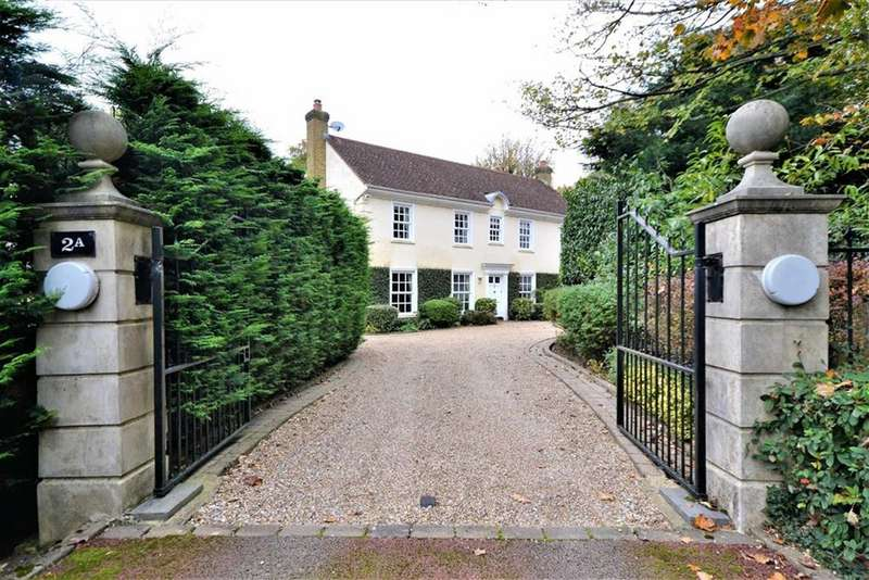 5 Bedrooms Detached House for sale in Coombehurst Close, Hadley Wood, Hertfordshire