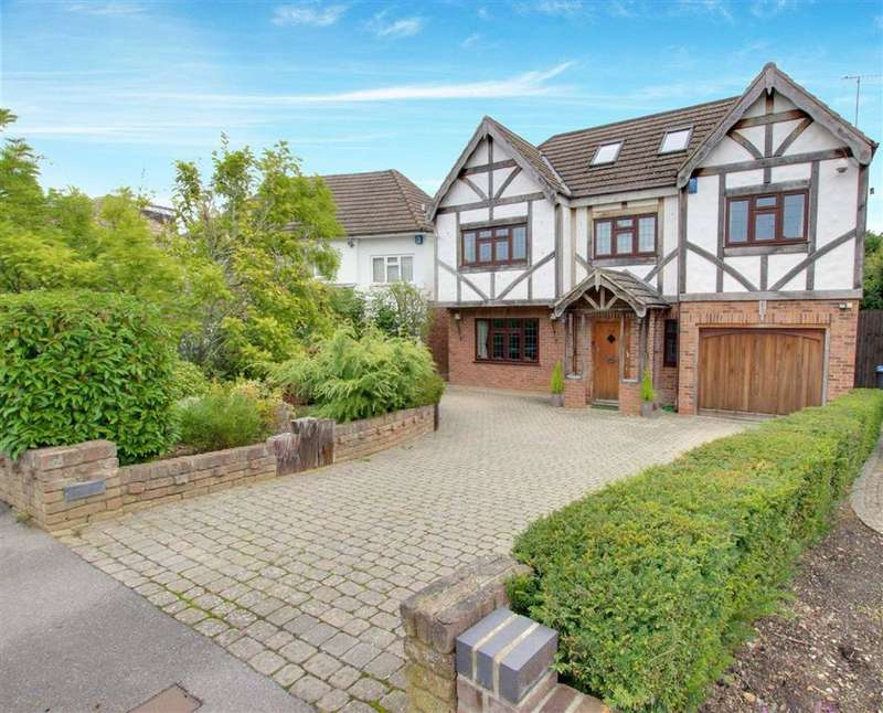 6 Bedrooms Detached House for sale in Parkgate Avenue, Hadley Wood, Hertfordshire