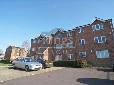 1 Bedroom Apartment Flat for sale in Howard Close, Waltham Abbey