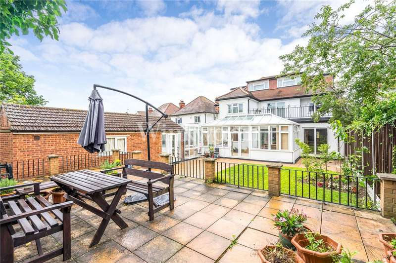 7 Bedrooms Detached House for sale in Alderton Crescent, London, NW4