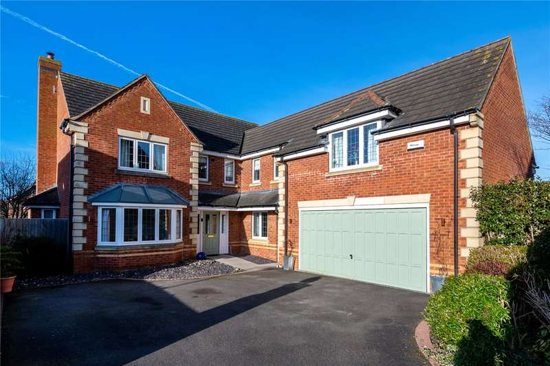 5 Bedrooms Detached House for sale in Cheviot Close, Sleaford, Lincolnshire, NG34
