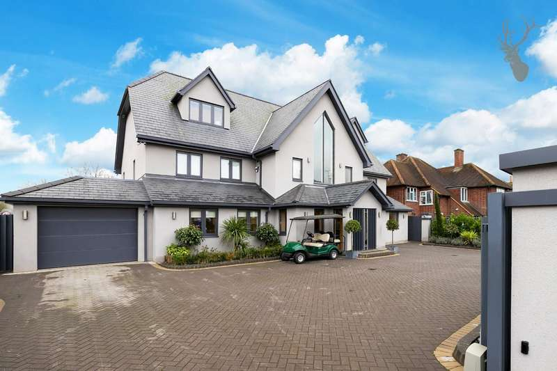 5 Bedrooms Detached House for sale in Woodman Lane, London