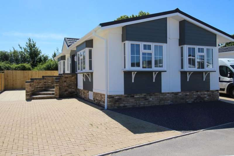 2 Bedrooms Detached Bungalow for sale in Sonata Special At Mulberry Court, Picket Piece, Andover, SP11