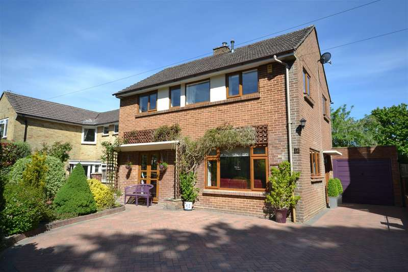 3 Bedrooms Detached House for sale in Syward Road, Dorchester
