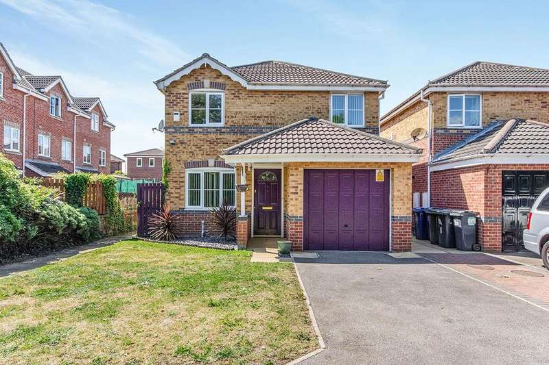 4 Bedrooms Detached House for sale in Heath Court, Warmsworth, Doncaster, DN4