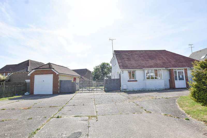 5 Bedrooms Detached House for sale in Lion Hill, Stone Cross