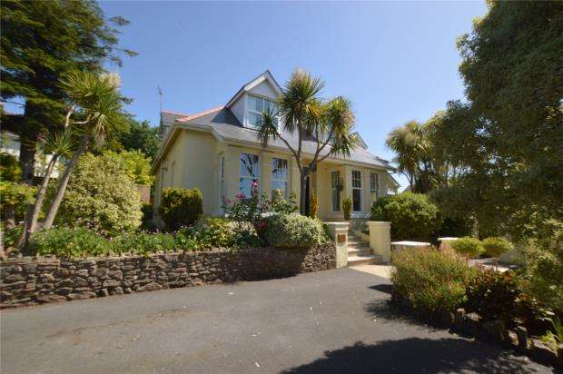 5 Bedrooms Detached House for sale in Holwell Road, Brixham, Devon