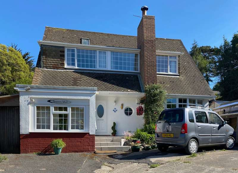 4 Bedrooms Detached House for sale in Battery Hill, Fairlight, Hastings, East Sussex, TN35