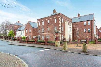 2 Bedrooms Flat for sale in Danvers Way, Fulwood, Preston, Lancashire, PR2