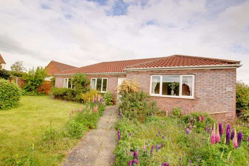 3 Bedrooms Property for sale in Norwich Road, Fakenham